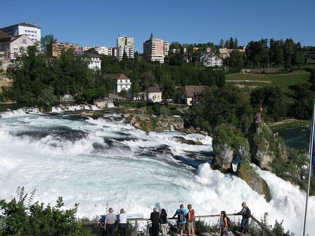 lugares con cascadas del Rin, Suiza