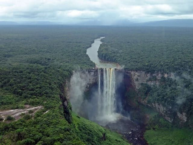 las cascadas mas impresionantes del mundo Keieteur