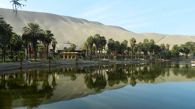 Imagen de laguna de huacachina